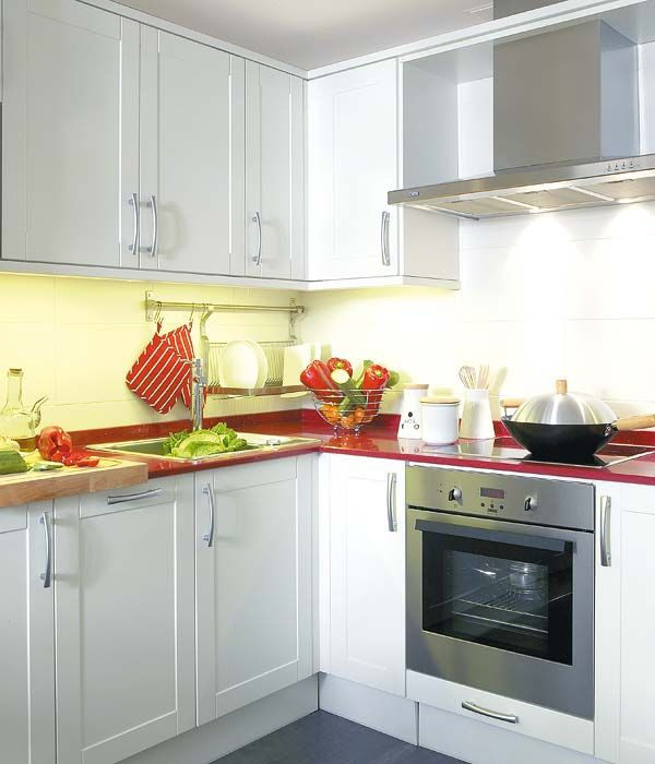 Small Kitchen Design - Clean and integrated oven.