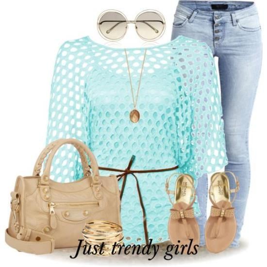 crochet top outfit Early spring outfits http://www.justtrendygirls.com/early-spring-outfits/