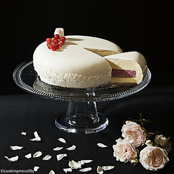entremet coconut red berry 2 web