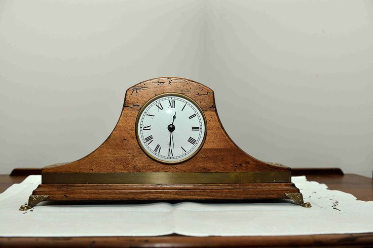 Oltre 25 fantastiche idee su numeri da tavolo su pinterest - Orologio da tavolo antico ...