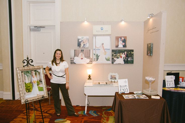 Fleur de Lis Bridal Show at the Marriot Woodlands Waterway booth setup