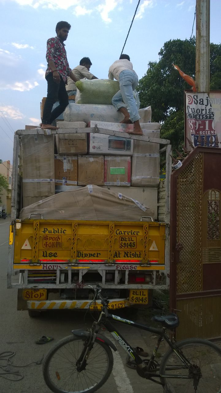Vishwakarmapackersandmovers is a Reliable and Reputed #Packers and #Movers in Indore, #MadhyaPradesh.  https://vishwakarmapackersandmover.quora.com/Reliable-and-Reputed-Packers-and-Movers