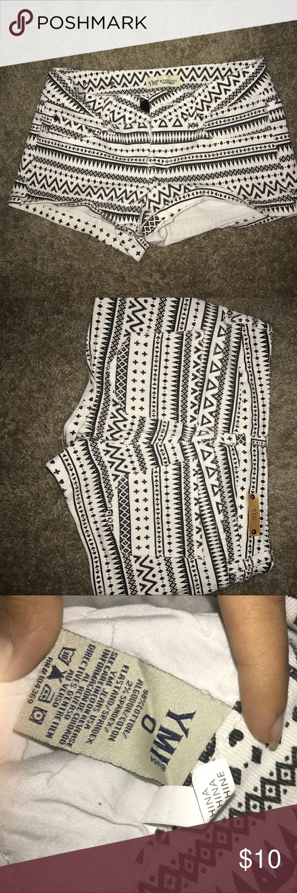 White and black tribal print shorts Size 0 YMI brand , cute Aztec print , black and white , great condition YMI Shorts Jean Shorts