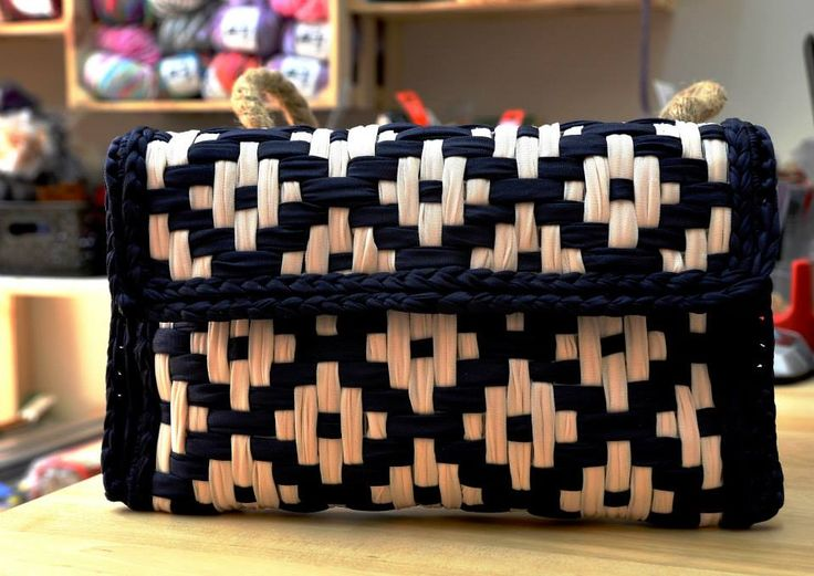 Pochet with Tulle,handmade