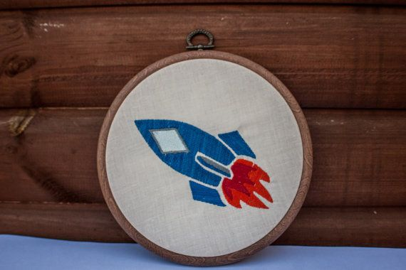 A fantastic new embroidery has landed in our etsy store! Bring the adventure of space to a little boys bedroom with this cool gift. And you can get it personalised! https://www.etsy.com/uk/listing/279596254/rocket-ship-boys-bedroom-embroidery?ref=listing-shop-header-0
