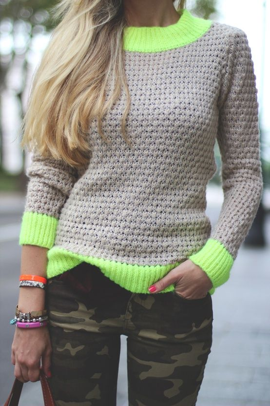 CamoWoman Fashion, Cute Crochet Sweaters, Camopants, Knits Neon, Style, Closets, Clothing Camo, Camo Pants, Outfit Neon