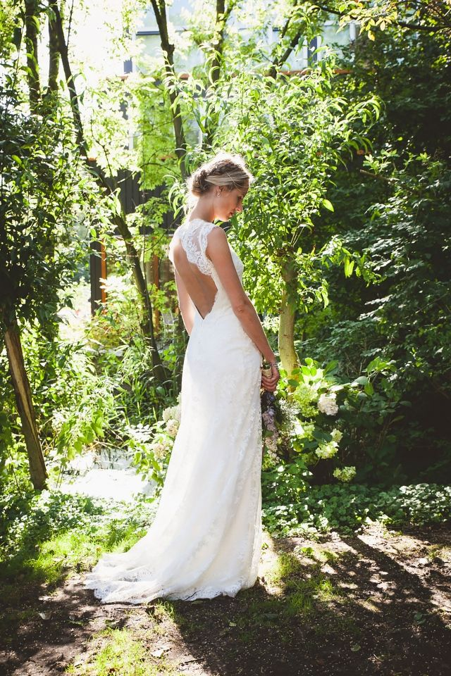 #inspiratie #idee #zomer #bruiloft #zon #warm #trouwen #huwelijk #trouwdag #huwelijksdag #wedding #summer #sun #inspiration #idea | Trouwen op De Buurtboerderij Ons Genoegen | Photography: Liefdeskiekjes | ThePerfectWedding.nl