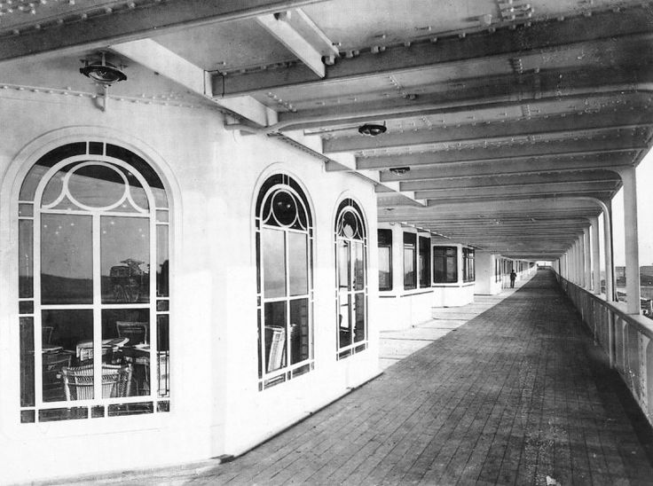 Olympic (1911) Olympic nearing completion, port side ...