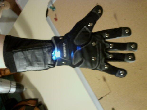 Taser Glove (Legit Version) mix plus steampunk stile leather…