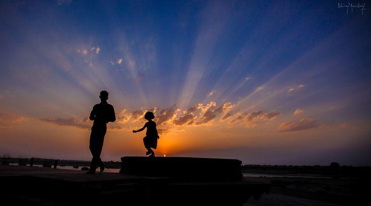 I'll shine, Daddy! by Dhiraj Amritraj on 500px