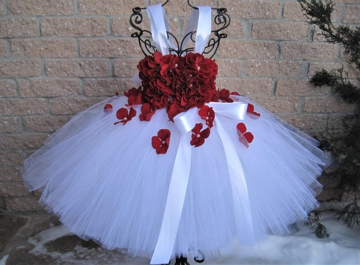 WHITE RED FLOWERS - Tutu Dress - Valentine's Day Dress - Flower Girl Gown - Baptism Dress - Pageant Girl Tutu - White Tutu Dress - Baby Gift