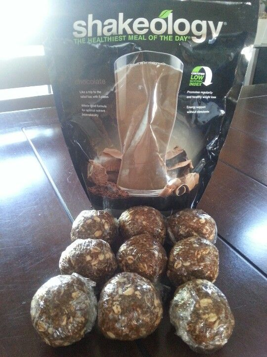 #shakeology bites  No bake energy bites: 1 cup oatmeal 1/2 cup peanut butter (or other nut butter) 1/3 cup honey 1 cup coconut flakes 1/2 cup ground flaxseed 1 scoop chocolate Shakeology 1 tsp vanilla  Mix all together & form into balls. Store either in fridge or freezer. http://www.shakeology.com/JoannaBernhardt