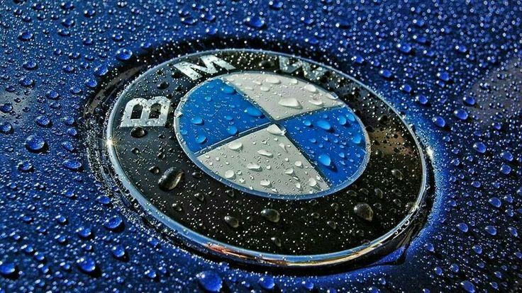 Bmw Roundel In The Rain Bmw Logo Logo Wallpaper Hd Bmw