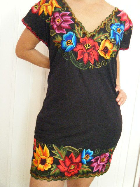 Sexy Gorgeous Mexican Embroidered Dress / Huipil / by Vtgantiques,