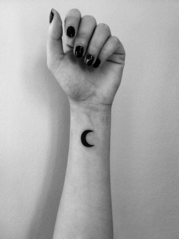 ideias de tatuagem de lua