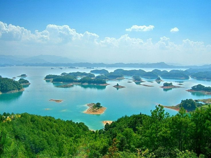 By Kaushik Wednesday, May 30, 2012 China, Islands, Travel 11 comments Qiandao Lake or the Thousand Island Lake is located in Zhejiang, Chi...