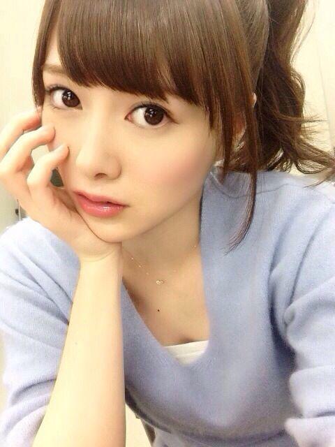 Cute Mai Shiraishi (白石 麻衣)