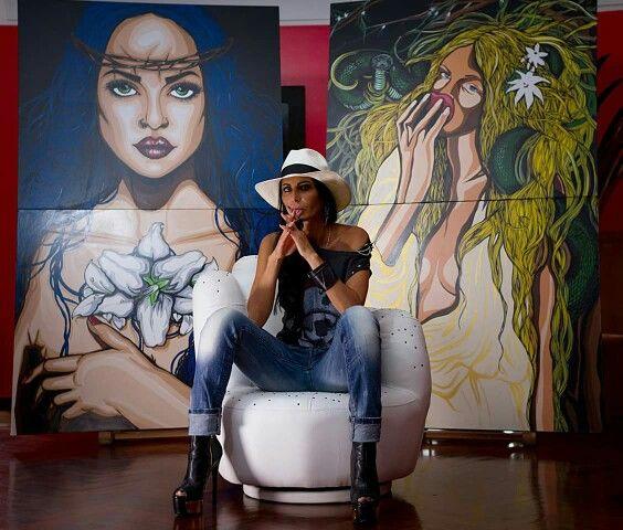 Lucia Ferrara Artist