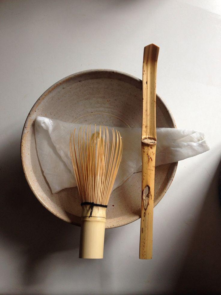 Japanese bamboo whisk and scoop for tea ceremony (© all right reserved Donald Kimon Lightner)