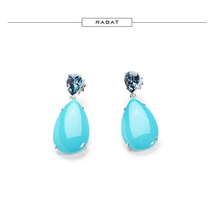 Pendientes de oro blanco pera con topacio azul london, tuquesa y brillantes. #RABATjoyas #RABATjewels #jewelry #jewels #joyas #turquoise