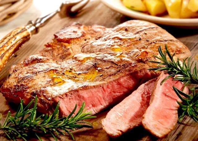Piccolo Mondo : La bistecca alla fiorentina...............Una bist...