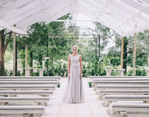 White Light in Lanseria is one of 2 garden country venues run by The Forum. As its name suggest the space and a light feel that the would make even the most dower lady glow