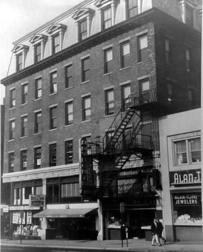 On January 28, 1878, the Boardman Building in New Haven became the site of the world's first commercial telephone exchange, the District Telephone Company of New Haven. The exchange was the brainchild of Civil War veteran and telegraph office manager George Coy in partnership with Herrick Frost and Walter Lewis.