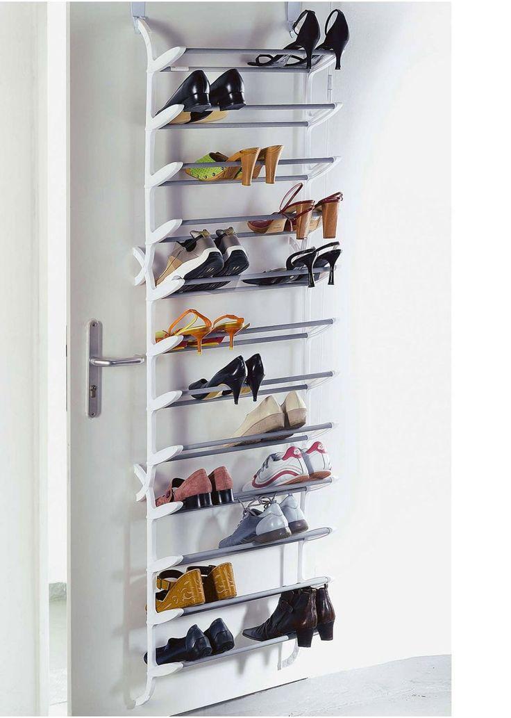 Jetzt anschauen: Für 36Paar Schuhe, ein wahres Platzwunder. Zum Anhängen an der Tür. Aus Kunststoff und beschichtetem Metall.