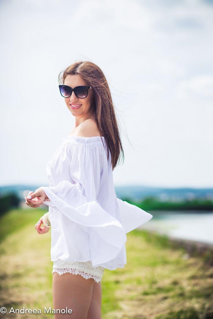 bluza cu maneci clopot, pantaloni scurti dantela (6)