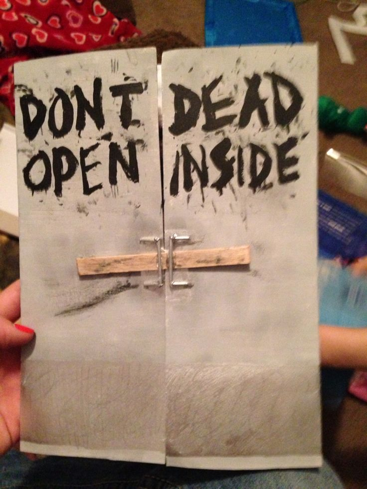 Birthday card for my aunt who loves the walking dead.
