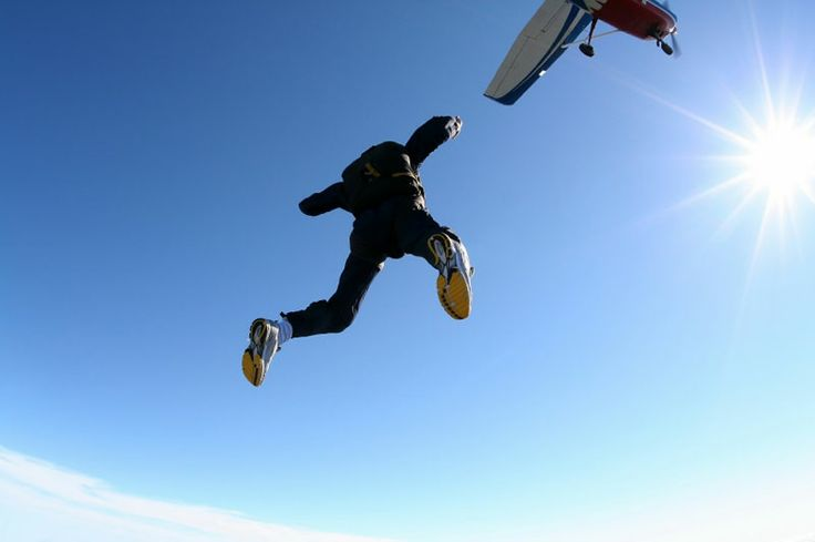 Skydive !