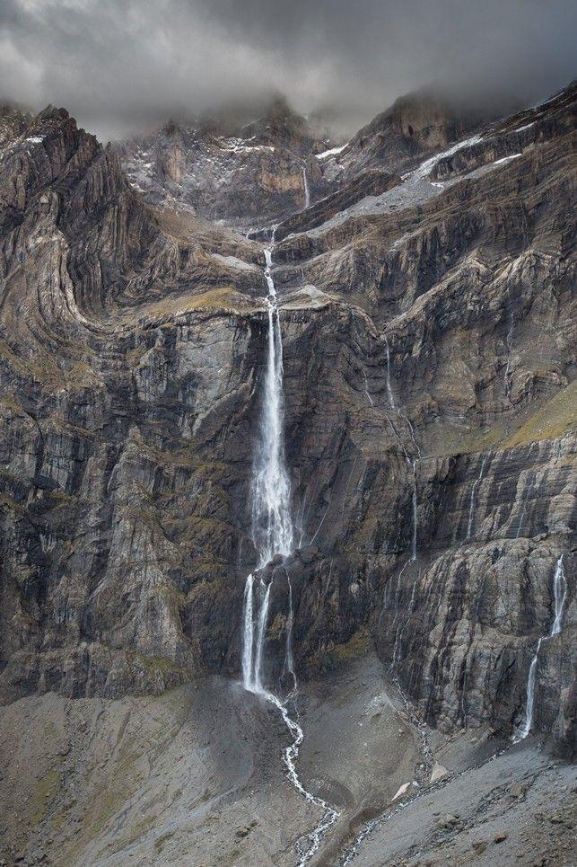 Les 25 meilleures id es de la cat gorie cirque de gavarnie sur pinterest hautes pyr n es midi - Office tourisme hautes pyrenees ...
