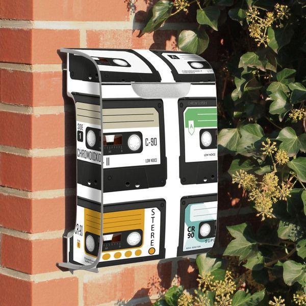 au ergew hnlicher briefkasten tapes burg w chter von. Black Bedroom Furniture Sets. Home Design Ideas