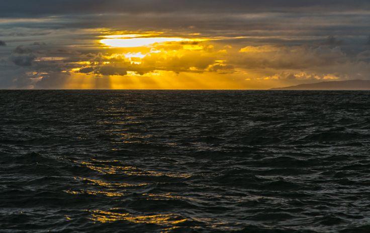 photo: Закат на океане   photographer: Владимир Воробейчик   WWW.PHOTODOM.COM