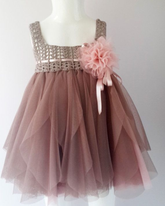 Baby Tulle Dress with Stretch Crochet Top. Flower by AylinkaShop - @ginnie817 We need to make this one for Lily!