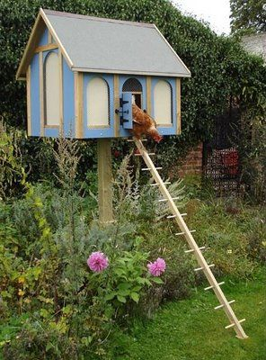 This little hen house is so cute.  It looks like it came straight out of a fairy tale!