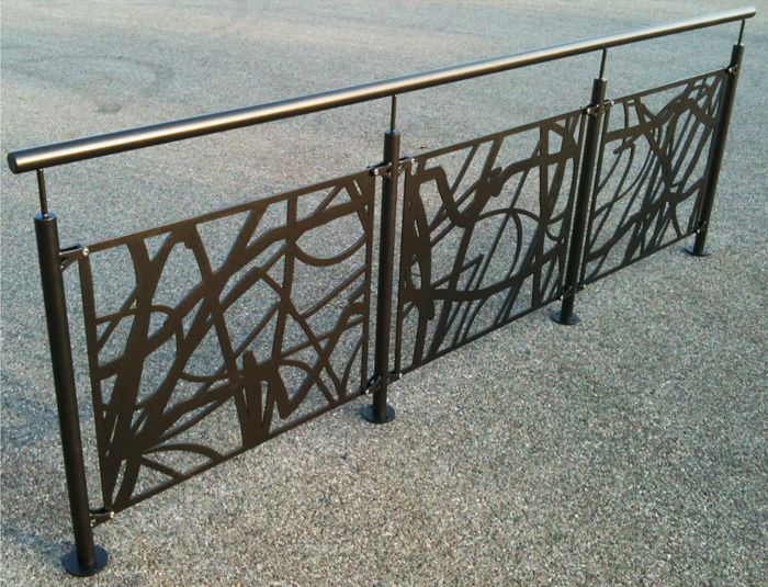 Garde-Corps Ruban, découpé au laser pour une protection originale : www.escaliers-echelle-europeenne.com/escaliers/garde-corps-metallique-decoupe-au-laser-ruban