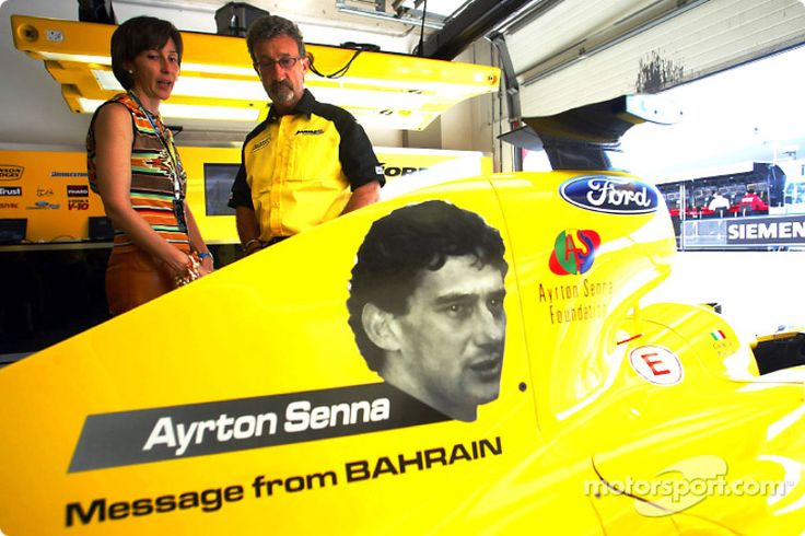 Viviane Senna talks with Eddie Jordan about the Ayrton Senna tribute on the Jordan cars