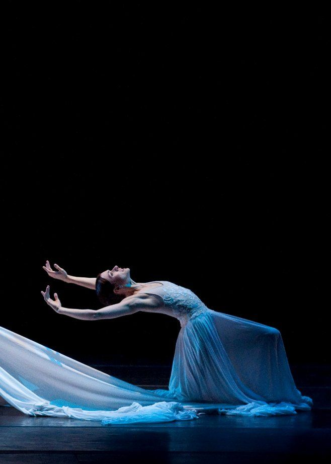 7-irina-dvorovenko-american-ballet-theatre-performing-at-yagps-ballet-grand-prix-tour-in-new-bedford-ma-photo-by-liza-voll-photography