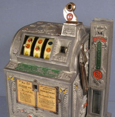 Old Fashioned Slot Machines