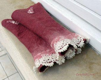 Felted wrist warmers.Dusky pink Australian merino wool fingerless gloves.