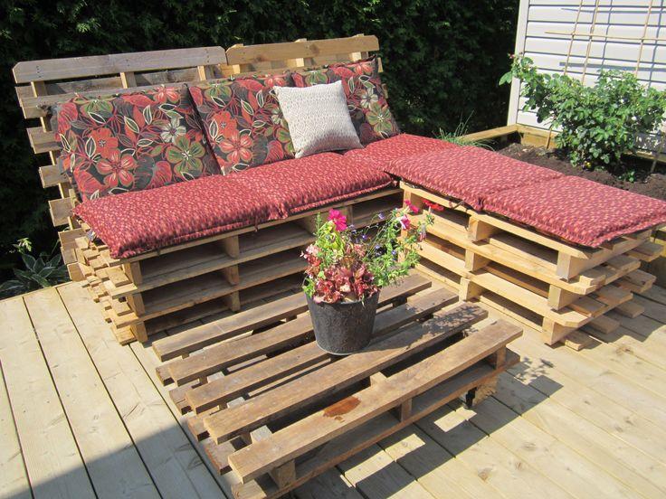 meubles extérieurs en palettes de bois / wood pallet bench
