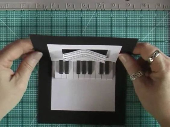 Pop-Up Card with Piano Keyboard (such a cool idea)