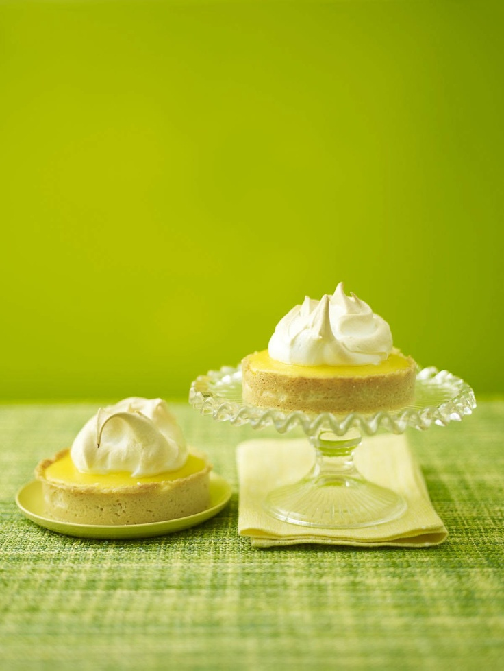 Mini lemon meringue pies yum