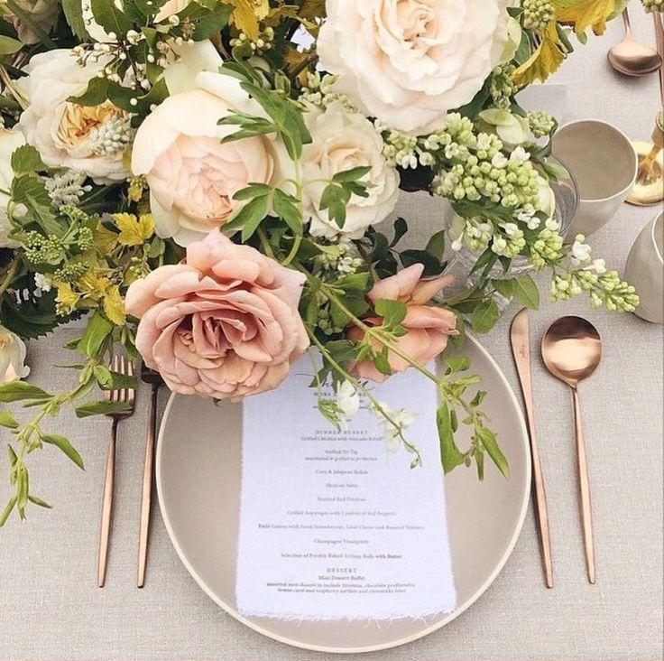 La Tavola Fine Linen Rental: Tuscany Natural | Photography: Michael Radford Photography, Floral Design: Tinge Floral, Rentals: Casa de Perrin and Found Rentals