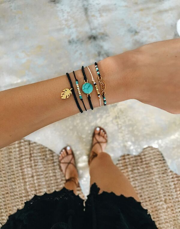 3a1fec70bc9c NEW COLLECTION! I m obsessed!! use my code KARSYNBONORA20 to get 20 ...