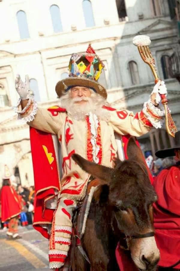 Il Papà del Gnoco, maschera dedicata a Tommaso da Vico.  Verona
