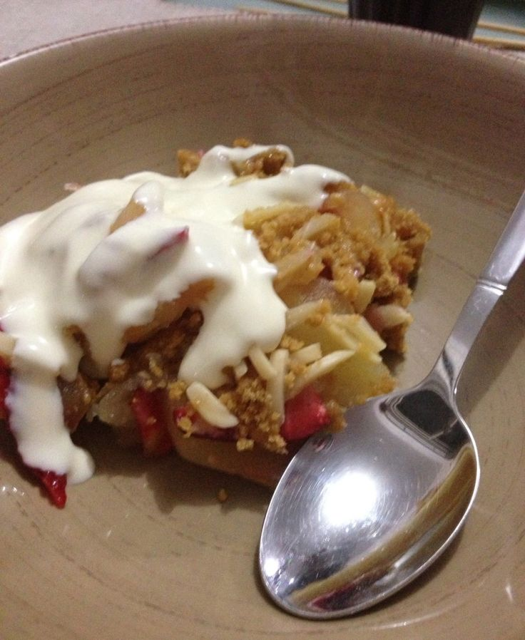 A delicious apple and strawberry crumble recipe. It's dairy free! http://styleunearthed.com/apple-and-strawberry-crumble/