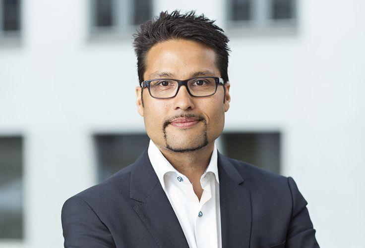 OBOS-sjef Daniel Kjørberg Siraj vil skjerme unge på vei inn i boligmarkedet, og…
