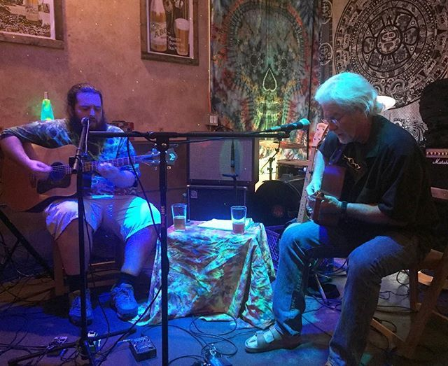 Family Freako - A Father/Son Duo performing a Bluegrass and Folk tribute to the Grateful Dead and more! #sandiego #sandiegoconnection #sdlocals #sandiegolocals - posted by Aztec Brewing Company https://www.instagram.com/aztecbrewery. See more San Diego Beer at http://sdconnection.com